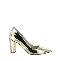 Marta Jonsson - Gold court shoes