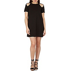 Izabel London - Black cold shoulder cut out detail dress
