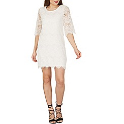 Izabel London - White scallop trim lace dress