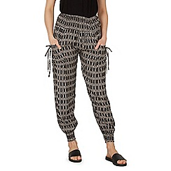 Izabel London - Black aztec print pocket detail pants
