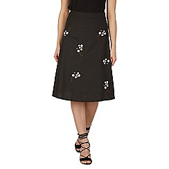 Izabel London - Black floral embroidered skirt