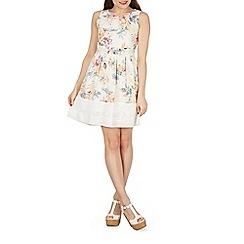 Izabel London - White floral print fit & flare dress