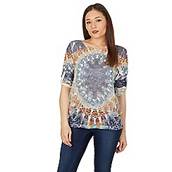 Apricot - Blue circle placement top
