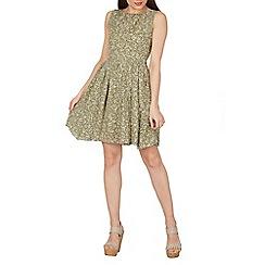 Tenki - Olive sleeveless leaf print pleated skirt dress