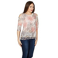 Izabel London - Light pink floral print cold shoulder layer top