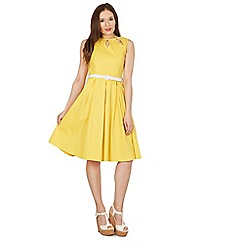Lindy Bop - Yellow lily buttercup swing dress