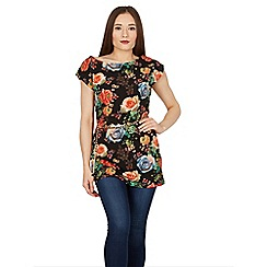 Solo - Black floral tunic with belt