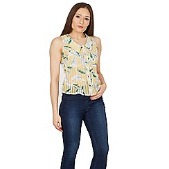 Cutie - Yellow floral print summer top