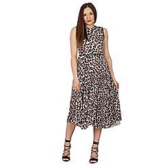Izabel London - Brown leopard print pleat skirt midi dress