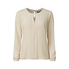 Lavitta - White crepe georgette notch neck blouse