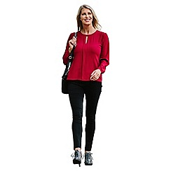 Lavitta - Red crepe georgette notch neck blouse