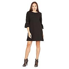 Izabel London - Black bell sleeve shift dress