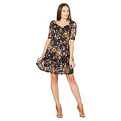 Izabel London - Black 3/4 sleeves lace dress