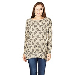 Izabel London - Grey leaf print casual top