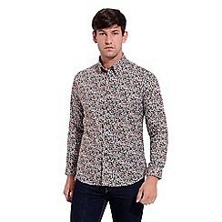 Gabicci Vintage - Tan classic fit printed woven shirt