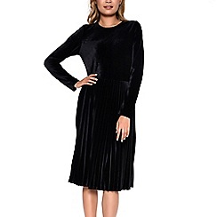 Amalie & Amber - Black velvet pleated dress