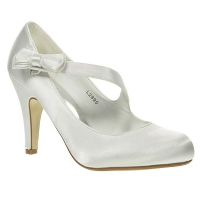 Heel Bridal Shoes on Mid Heel Bridal Satin Bow Trim Court Shoes Read More