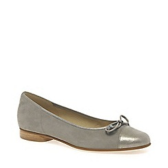 Gabor - Beige 'Bunty' leather ballet pumps