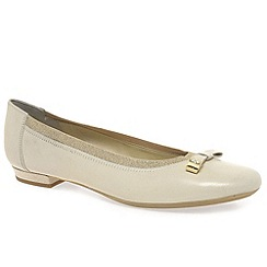 Van Dal - Cream 'Noma' women's casual shoes