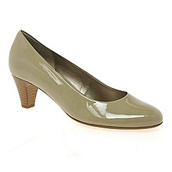 Gabor - Beige 'Vesta 2' womens court shoes