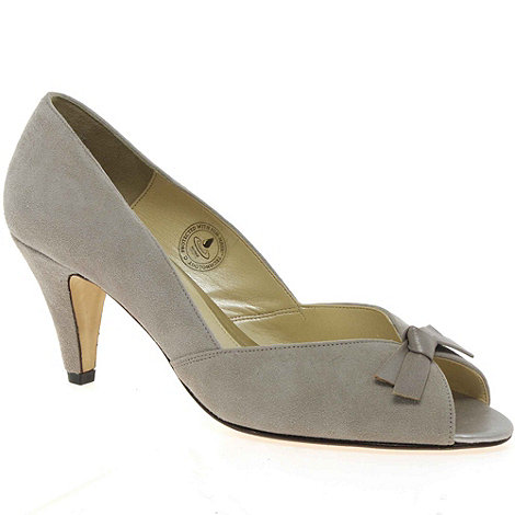 Van Dal - Beige +Heydon+ womens court shoes