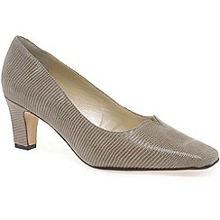 Van Dal - Beige 'Howe' womens court shoes