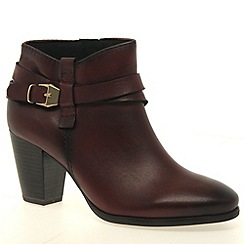 Marco Tozzi - Maroon 'Milly' womens ankle boot