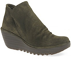 Fly London - Brown suede 'Yip' boots