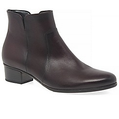 Gabor - Wine leather 'Delaware' low heeled ankle boots