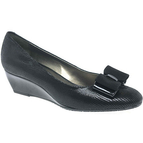 Van Dal - Black +Lille Ii+ Bow Trimmed Wedges