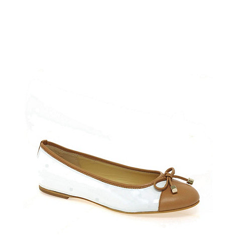 Gabor - White age womens patent casual shoes