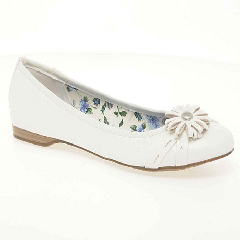 Marco Tozzi - White +garbo+ womens leather ballet pumps