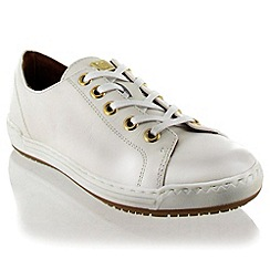 Marta Jonsson - White Leather Trainer With Lace Fastening
