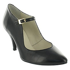 Marta Jonsson - Black court shoe with a strap
