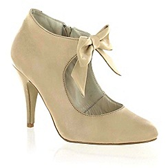 Marta Jonsson - Beige Leather Court Shoe