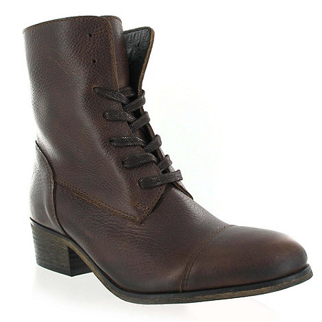 Marta Jonsson - Brown leather ankle boot