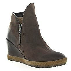 Marta Jonsson - Brown leather ankle boots