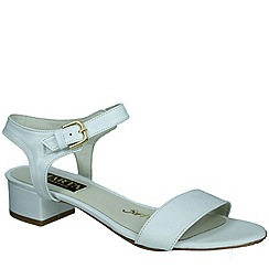Marta Jonsson - White womens sandal with buckle