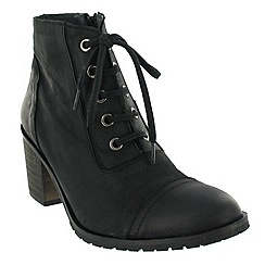 Marta Jonsson - Black ankle boot with laces and zip