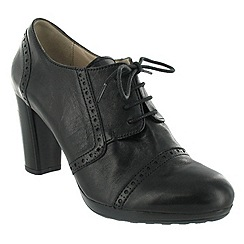 Marta Jonsson - Black lace up shoe with brogue pattern