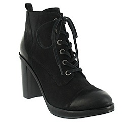 Marta Jonsson - Black lace up ankle boot