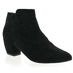Marta Jonsson - Black suede ankle boot