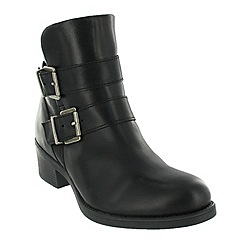 Marta Jonsson - Black ankle boot with buckles