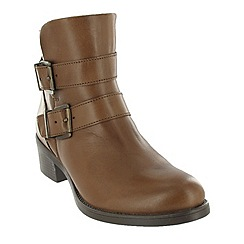 Marta Jonsson - Brown ankle boot with buckles