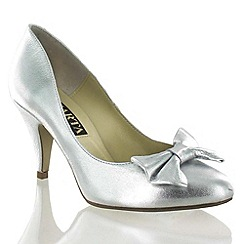 Marta Jonsson - Silver Leather Court Shoe