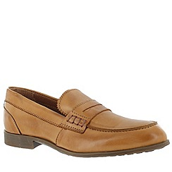 Marta Jonsson - Tan women's leather loafers