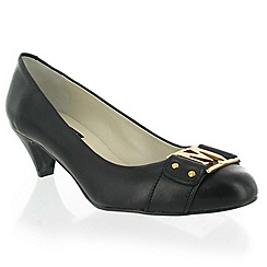 Marta Jonsson - Black leather court shoe