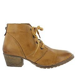 Marta Jonsson - Tan women's ankle boots