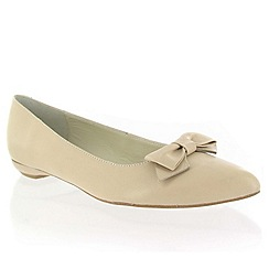 Marta Jonsson - Beige leather shoe