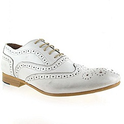 Marta Jonsson - White Leather Brogue